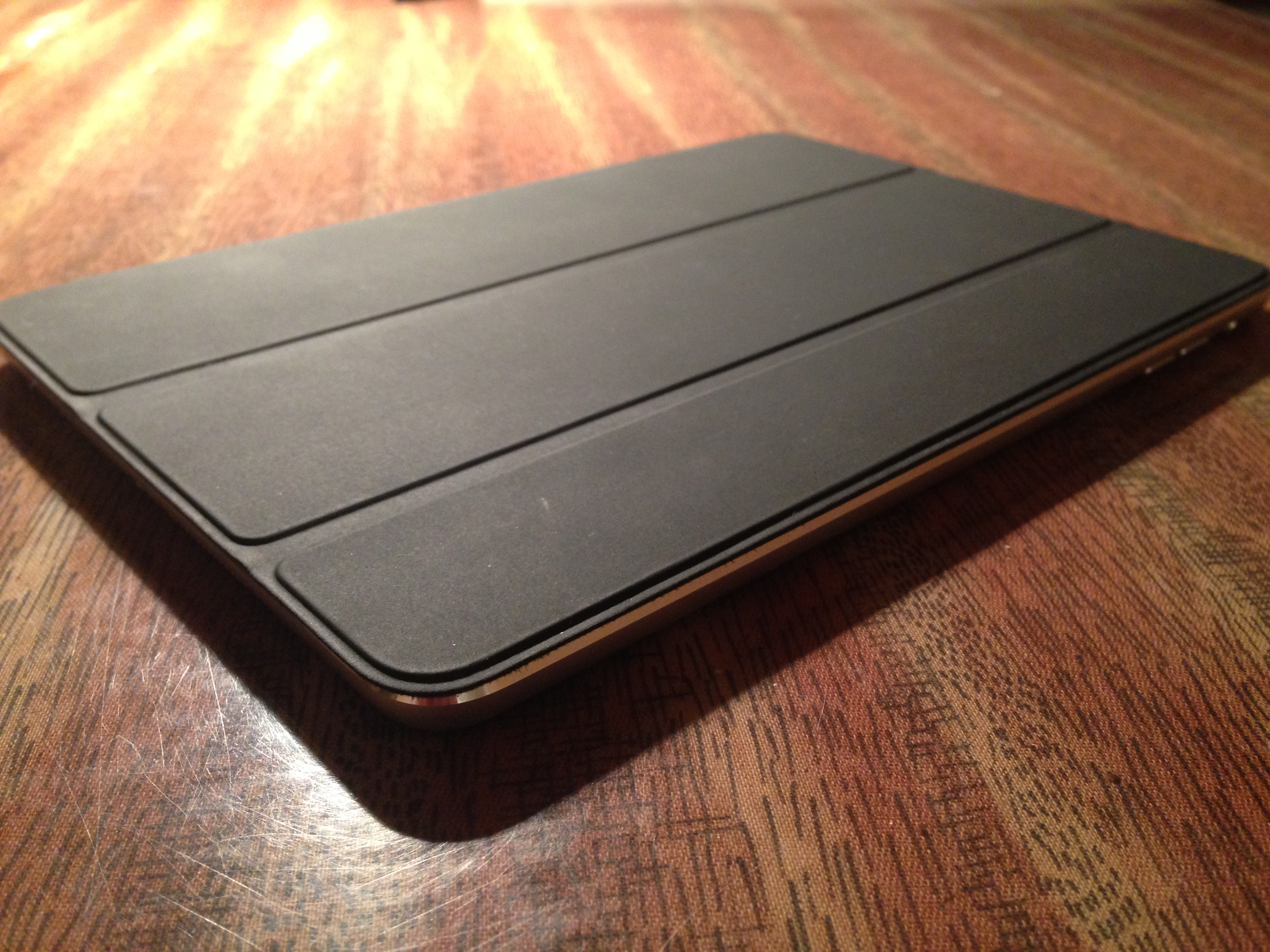 Продам Smart Cover для iPad mini
