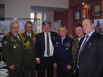 http://sf.uploads.ru/t/eNr4u.jpg